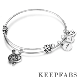 Fall in Love Charm Bangle