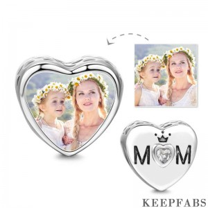 Elegant Mom Heart Photo Charm