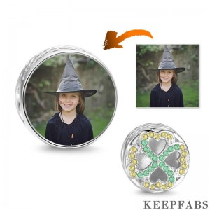 Halloween Gift Green Four-leaf Clover Photo Charm